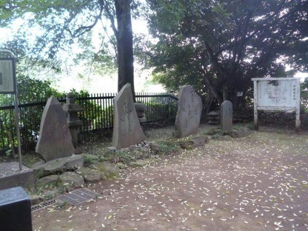 大岡越前の墓